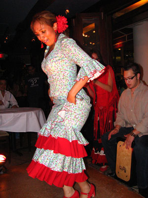 Flamenco dancer Isabelita Otero performing alegrias