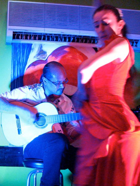 Guitarist Miguelito and dancer Emily Mazzotti at Cafe Citron